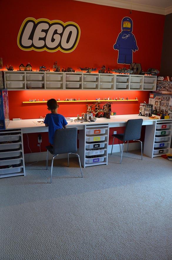 Lego Kids Room  LEGO Room and LEGO Desk