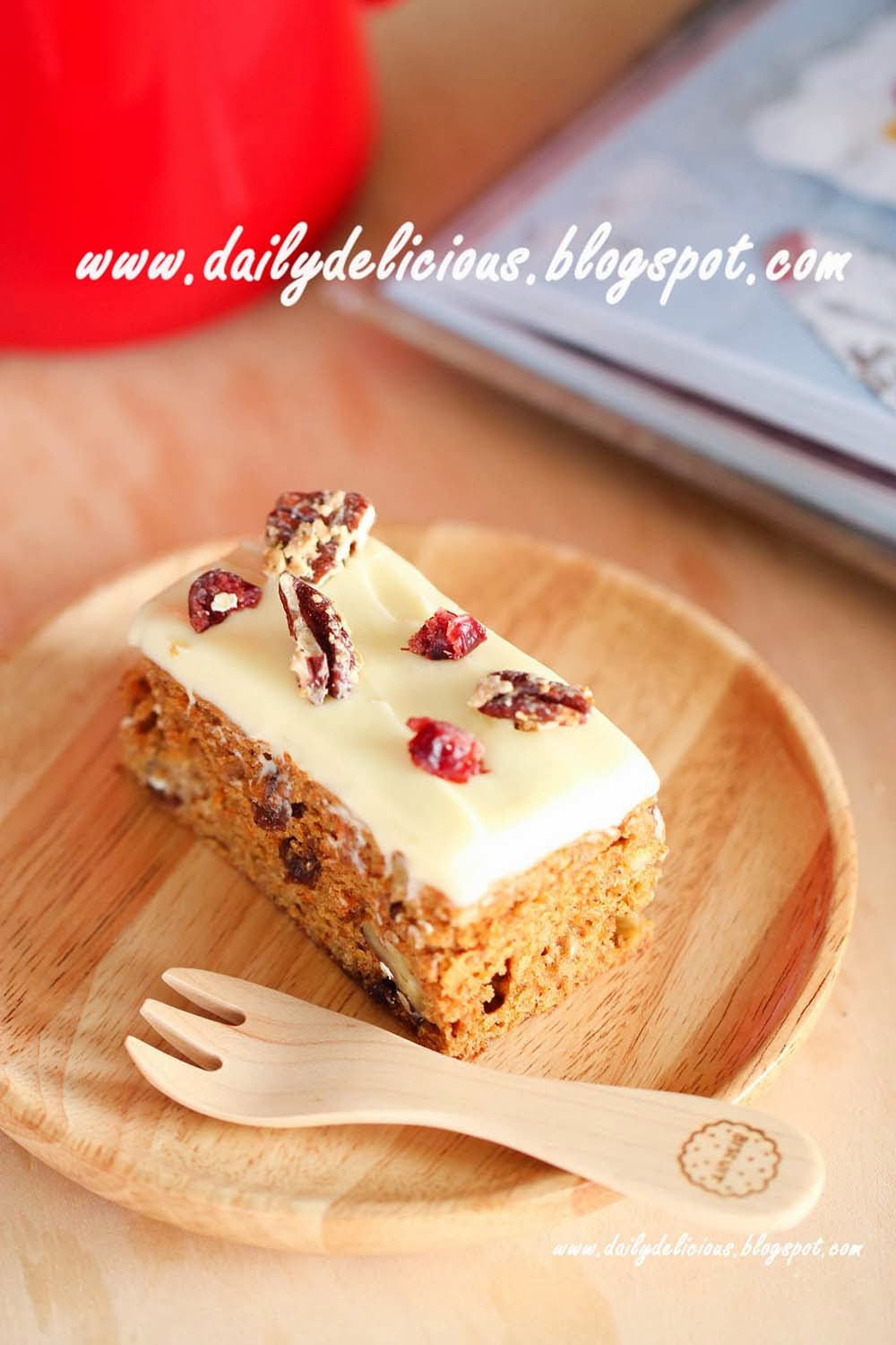Low Fat Carrot Cake  dailydelicious Low fat carrot cake Delicious carrot cake