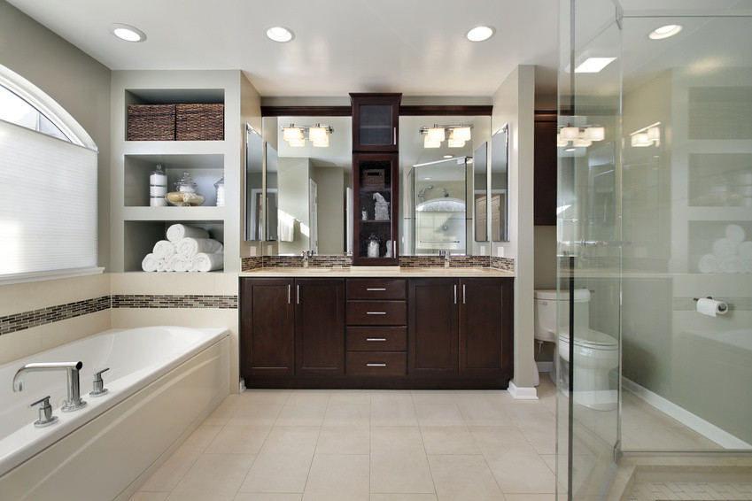 Master Bathroom Pictures  5 Big Bathroom Trends That Are Taking Homes By Storm In