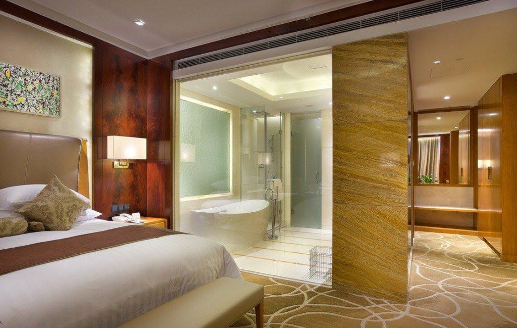 Master Bedroom Bathroom  20 Master Bedroom Ideas with Baths Included