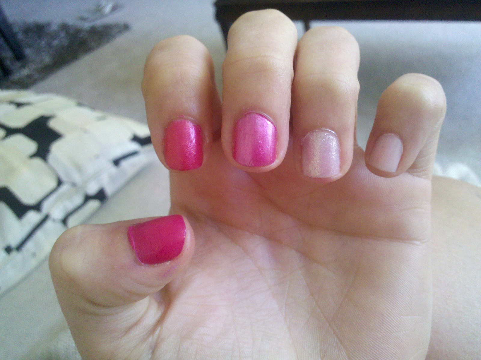 Ombre Nail Colors  Bedazzles After Dark I Tried It Ombré Nail Polish Trend