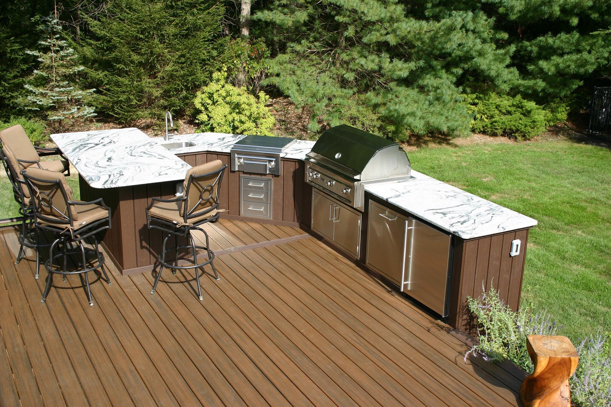 Outdoor Kitchen Deck  Designing Outdoor Kitchens