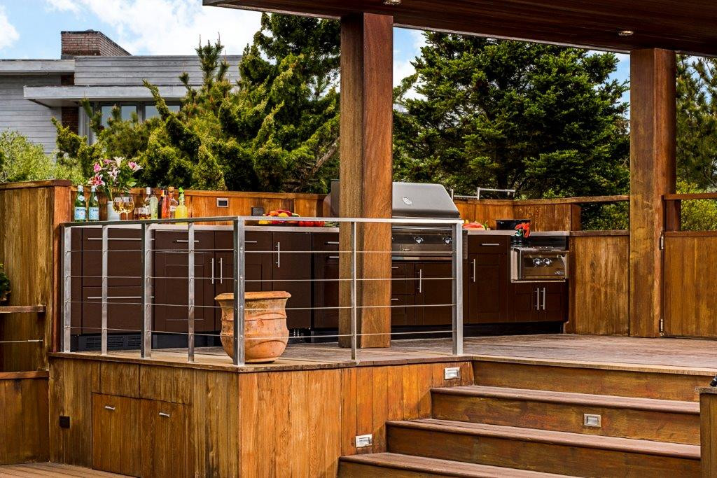 Outdoor Kitchen Deck  Outdoor Kitchens on Decks What You Need to Know