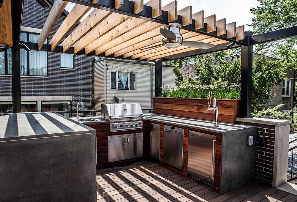 Outdoor Kitchen Deck  Roof Deck Bar and Kitchen Chicago Roof Deck Garden