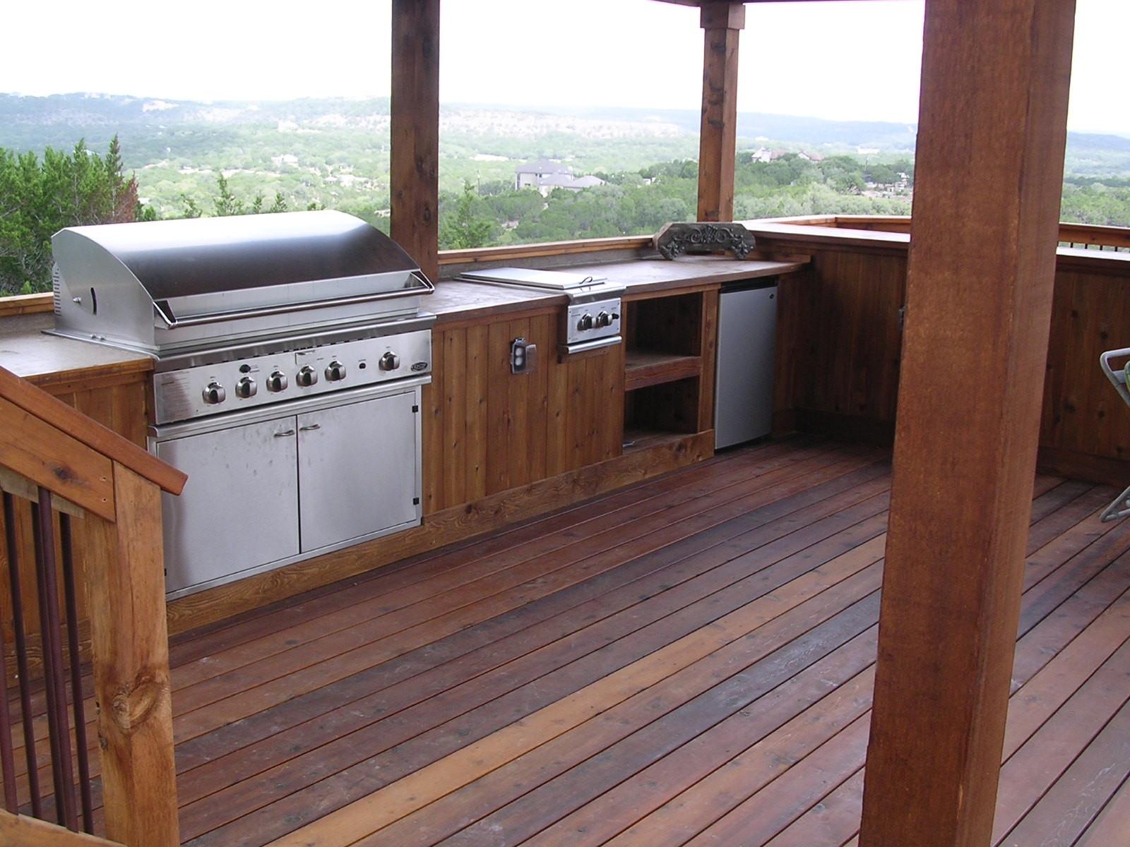 Outdoor Kitchen Deck  Outdoor Kitchens Braundera