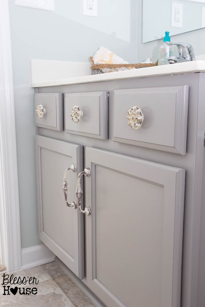 Painting Bathroom Cabinets  The Beginner s Guide to Painting Cabinets