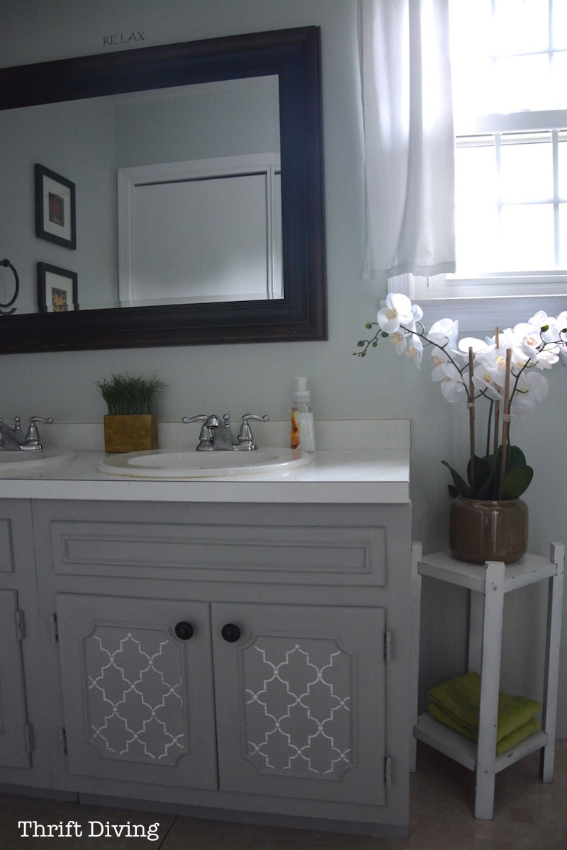 Painting Bathroom Cabinets  BEFORE & AFTER My Pretty Painted Bathroom Vanity
