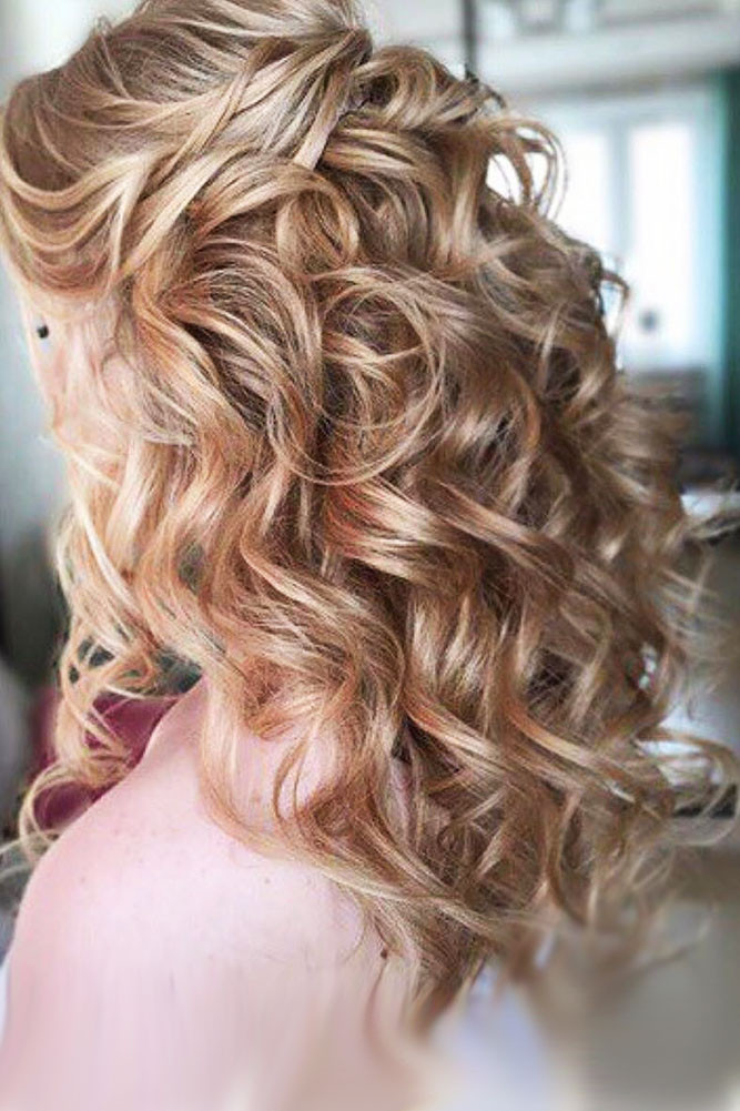 Pictures Of Wedding Hairstyles For Medium Length Hair  25 CAPTIVATING WEDDING HAIRSTYLES FOR MEDIUM LENGTH HAIR