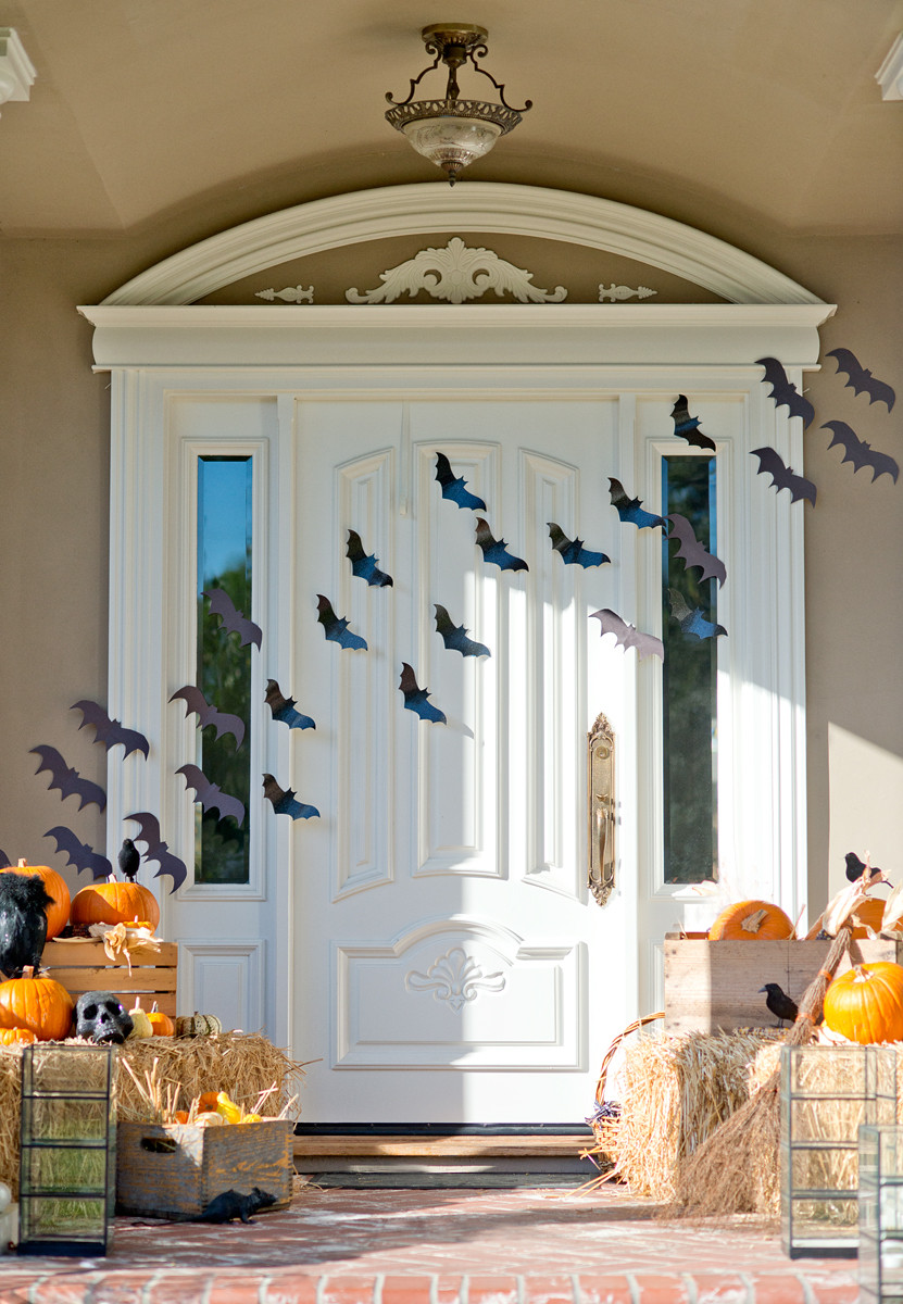 Porch Decorated For Halloween  25 Halloween Porch Decorations Ideas Decoration Love