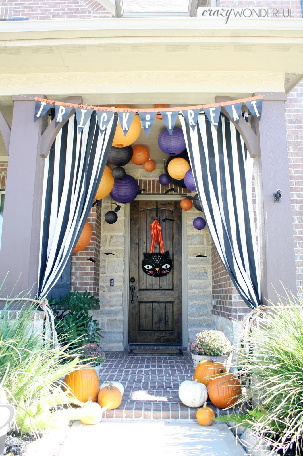 Porch Decorated For Halloween  halloween porch decorations Crazy Wonderful