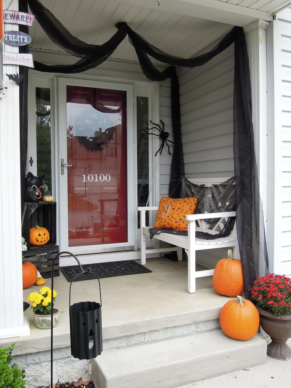 Porch Decorated For Halloween  Halloween Porch Decorating