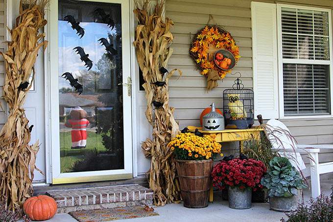 Porch Decorated For Halloween  Transitioning The Porch From Fall To Halloween House of