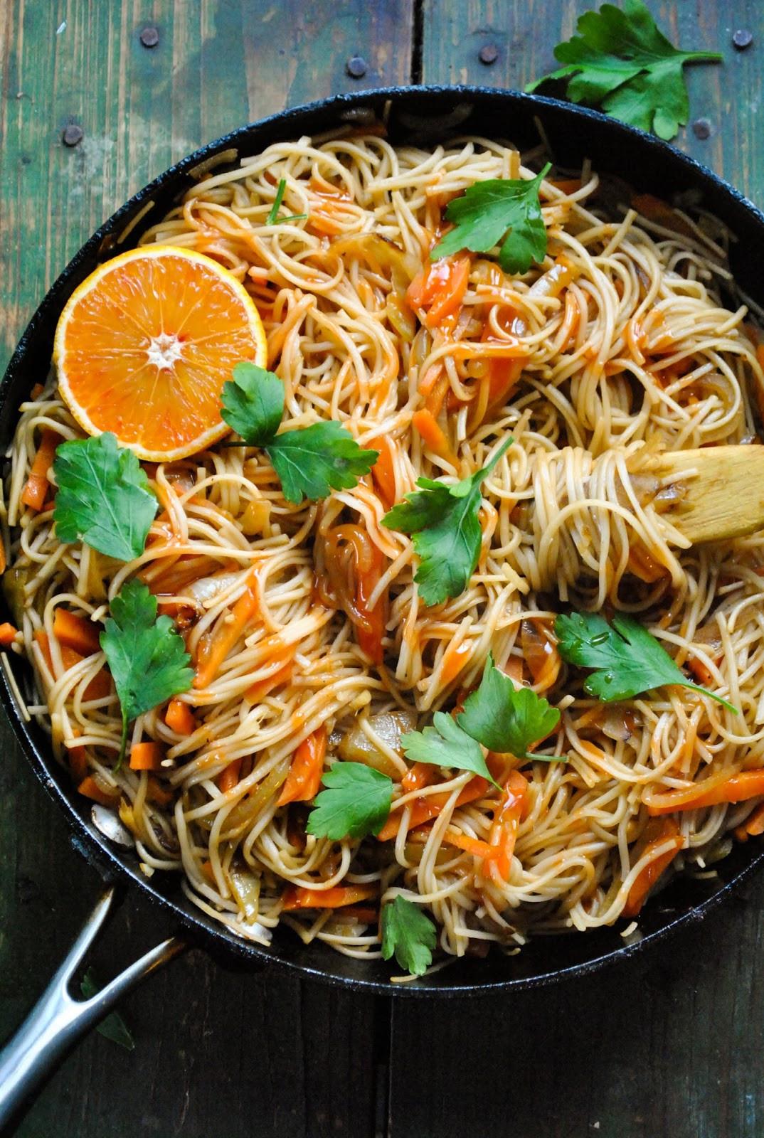 Quick And Easy Vegan Recipes  Quick and easy vegan noodle stir fry VeganSandra