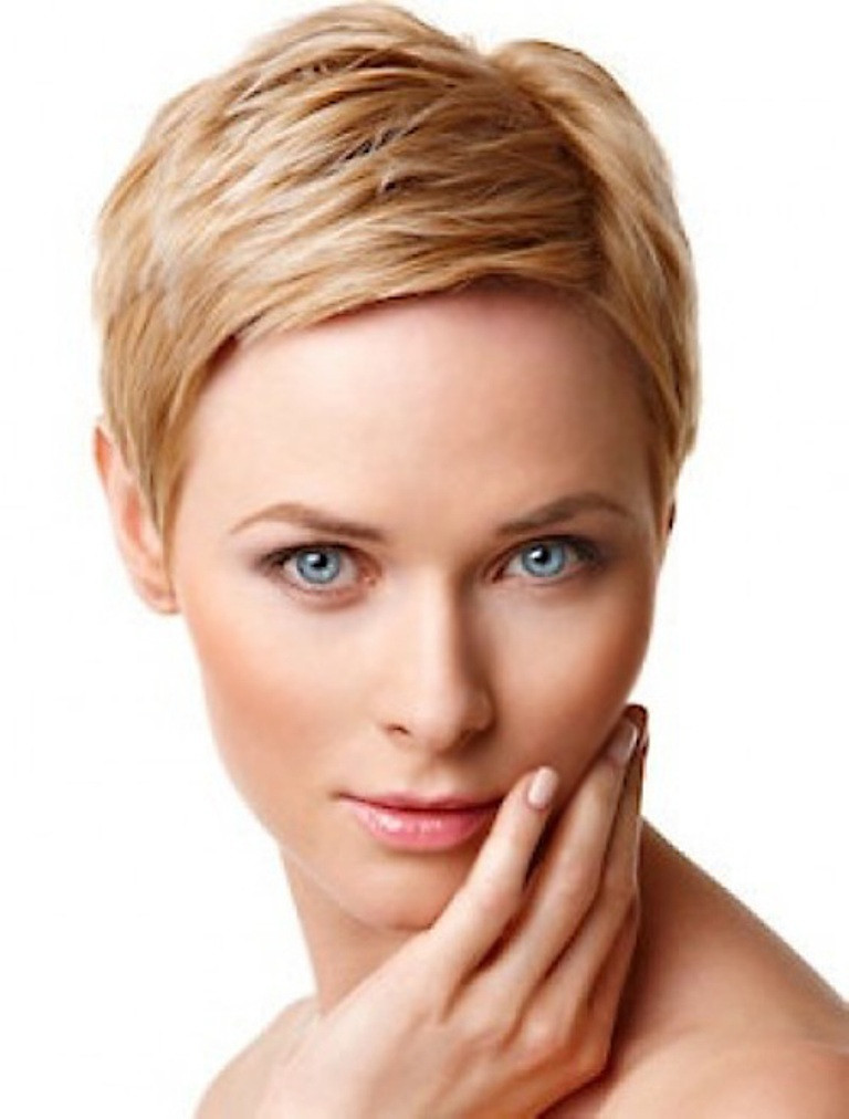 Round Face Short Haircuts  25 Short Hair Trends for Round Faces Chosen for 2019
