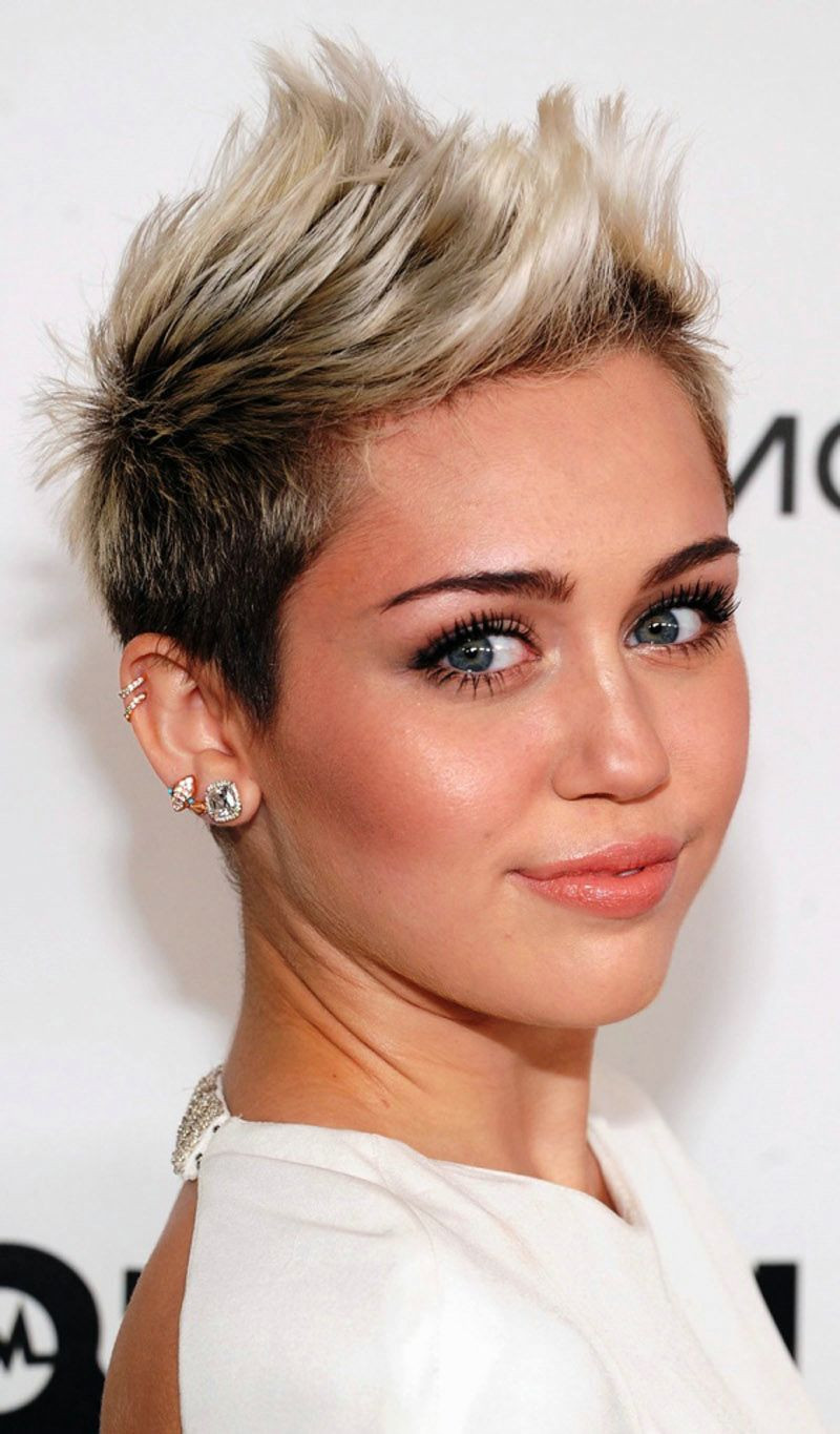Round Face Short Haircuts  30 New Short Hairstyles for Round Faces Hairstyle For Women