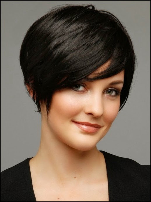 Round Face Short Haircuts  70 Stupendous Short Haircuts Perfect For Round Faces