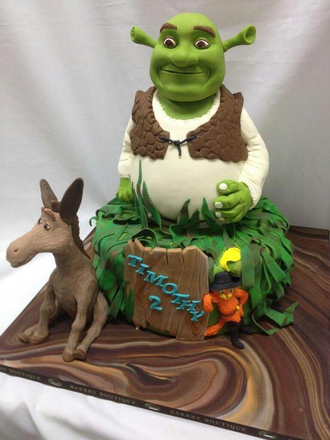 Shrek Birthday Cake  82 best Shrek Cakes images on Pinterest