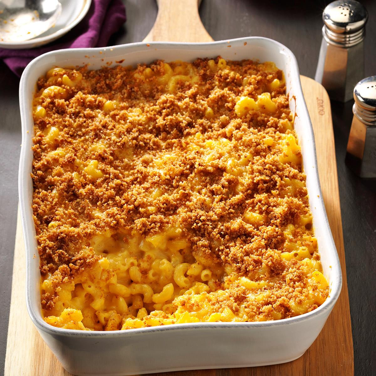 Simple Baked Macaroni And Cheese Recipe  Baked Mac and Cheese Recipe