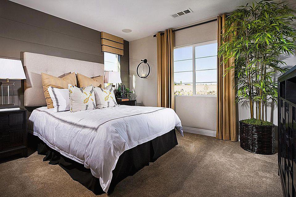 Small Bedroom Plants  Easiest Houseplants to Grow in the Bedroom