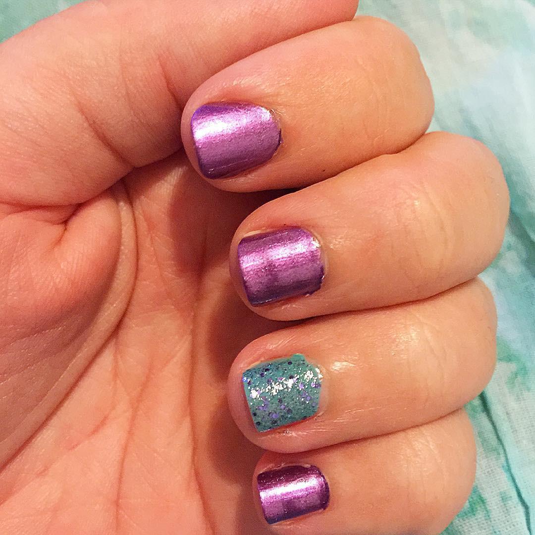 Solid Nail Colors  20 Cute and Elegant Short Acrylic Nail Designs Ideas