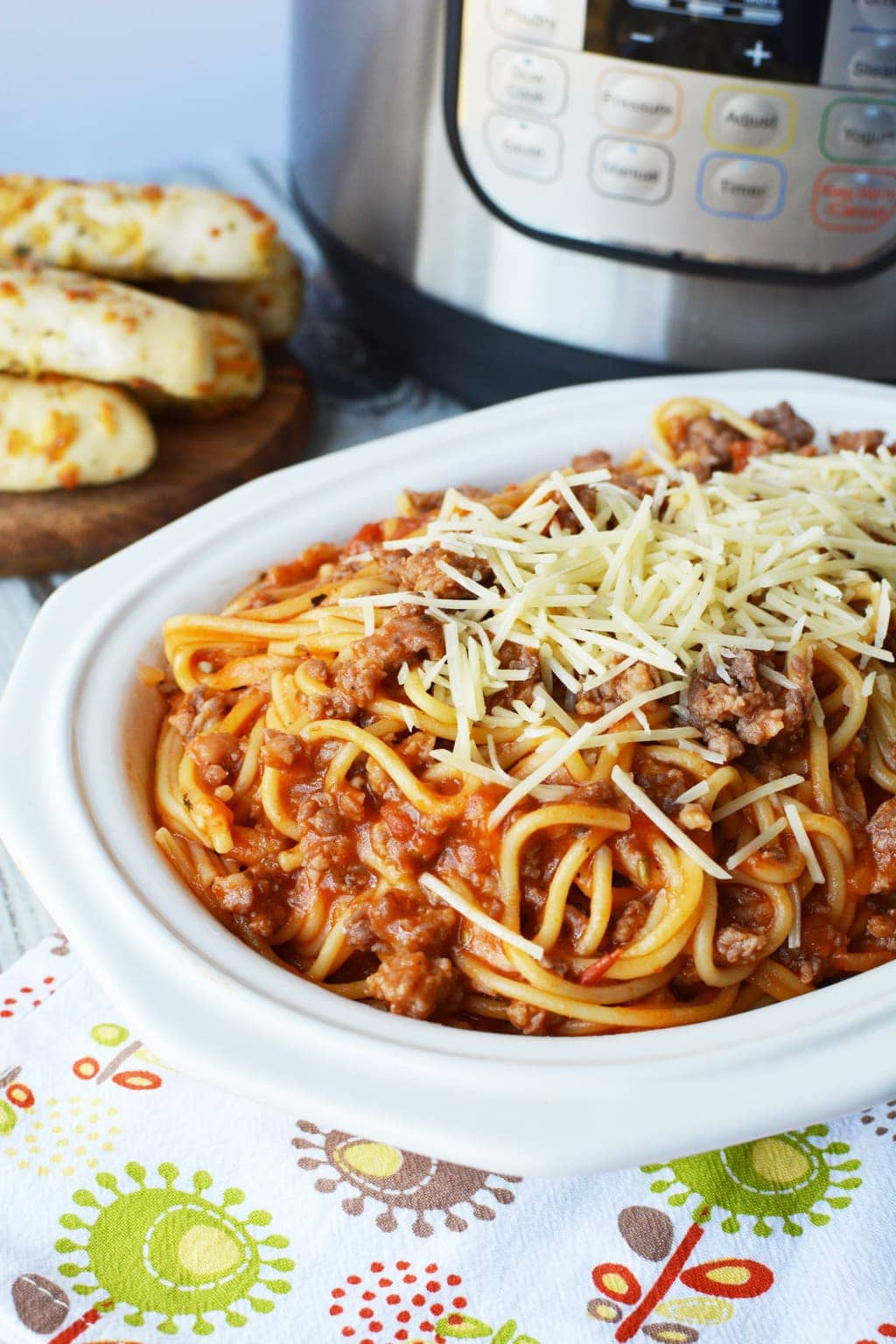 Spaghetti With Italian Sausage  Easy Instant Pot Spaghetti With Italian Sausage Dinner