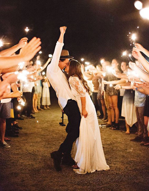 Sparkler Wedding Exit  15 Epic Wedding Sparkler Sendoffs That Will Light Up Any