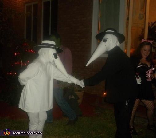 Spy Costume DIY  Spy vs Spy Couples Costume