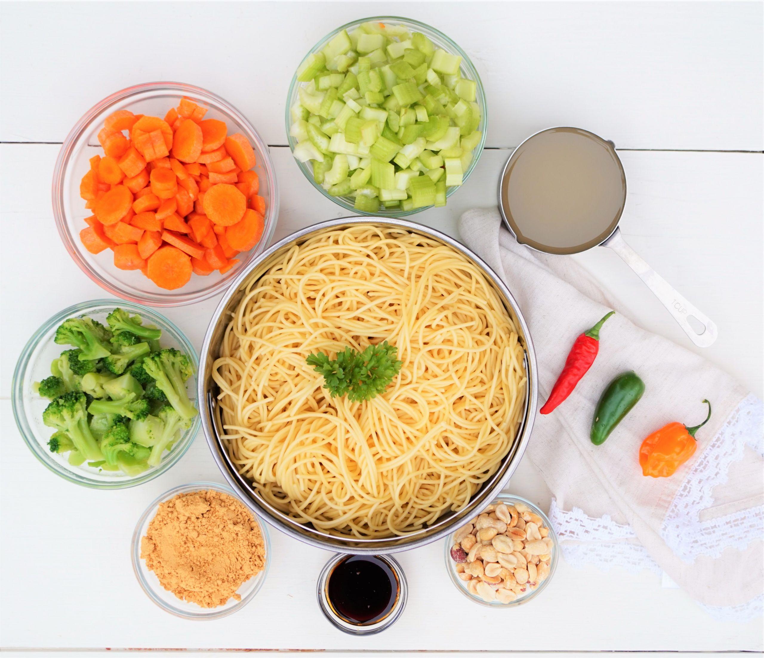 Stir Fry Spaghetti  Ve able Spaghetti Stir Fry with Spicy Peanut Sauce