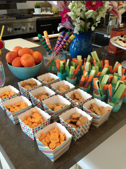 Summertime Party Food Ideas  Simple Summer party planning tips