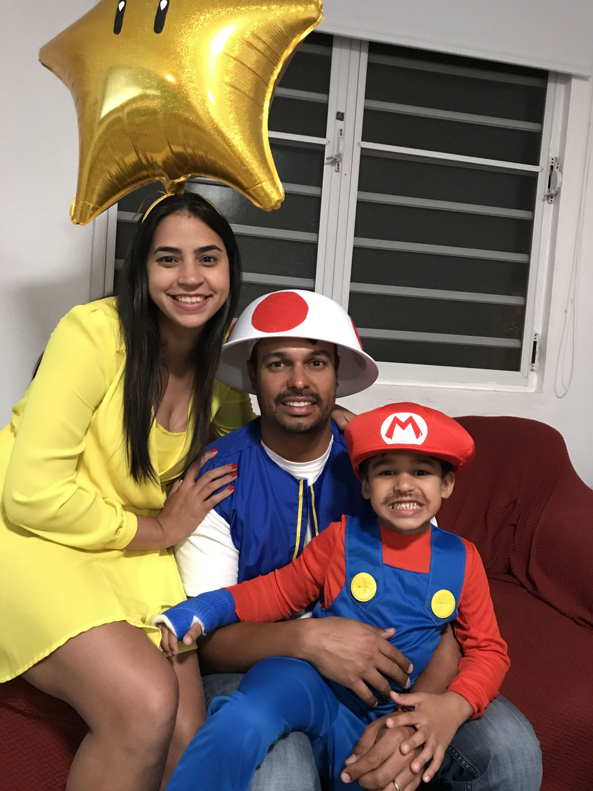 Super Mario Costume DIY  DIY Super Mario family family diy costume