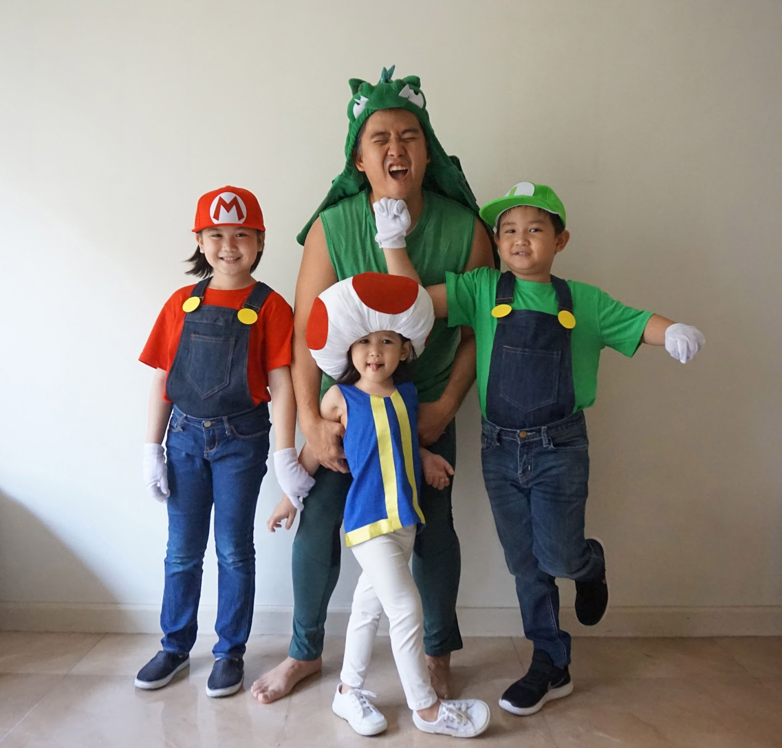 Super Mario Costume DIY  MrsMommyHolic DIY Mario Bros and Toad Costume