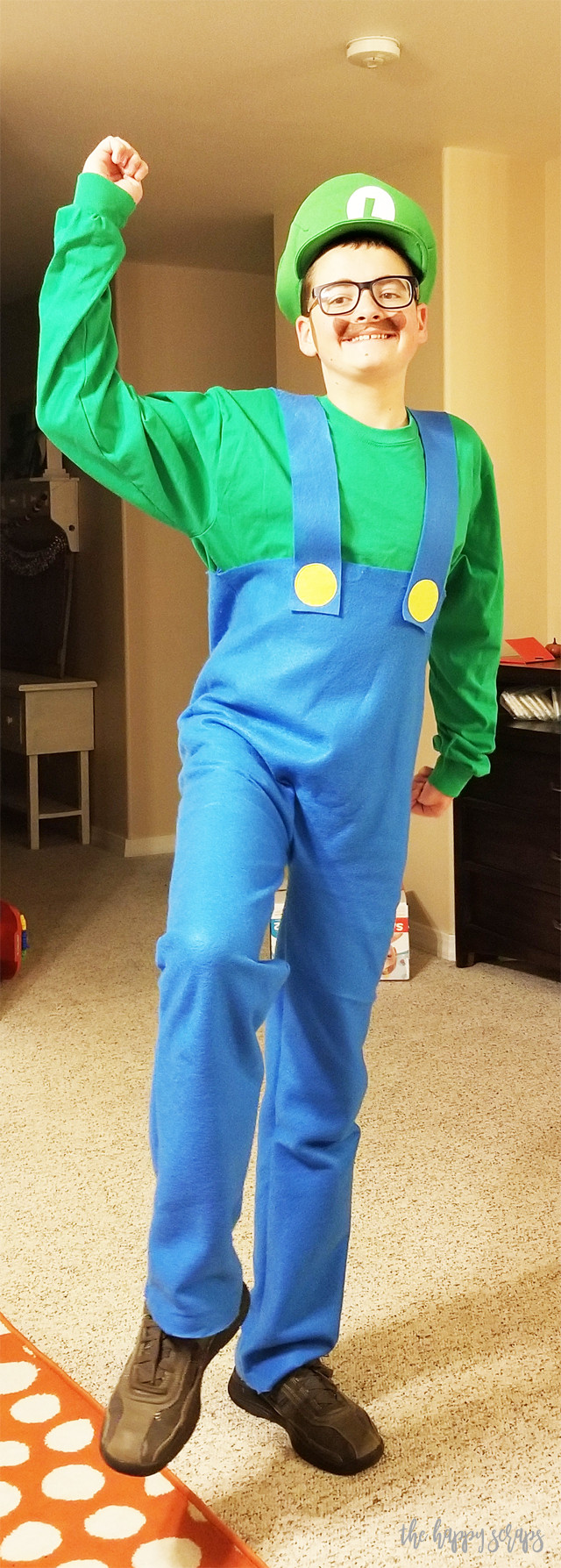Super Mario Costume DIY  DIY Super Mario Brothers Costumes The Happy Scraps