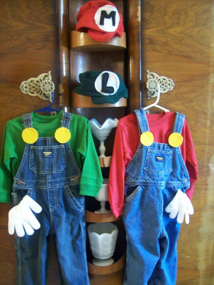 Super Mario Costume DIY  Super Mario Brothers costumes DIY
