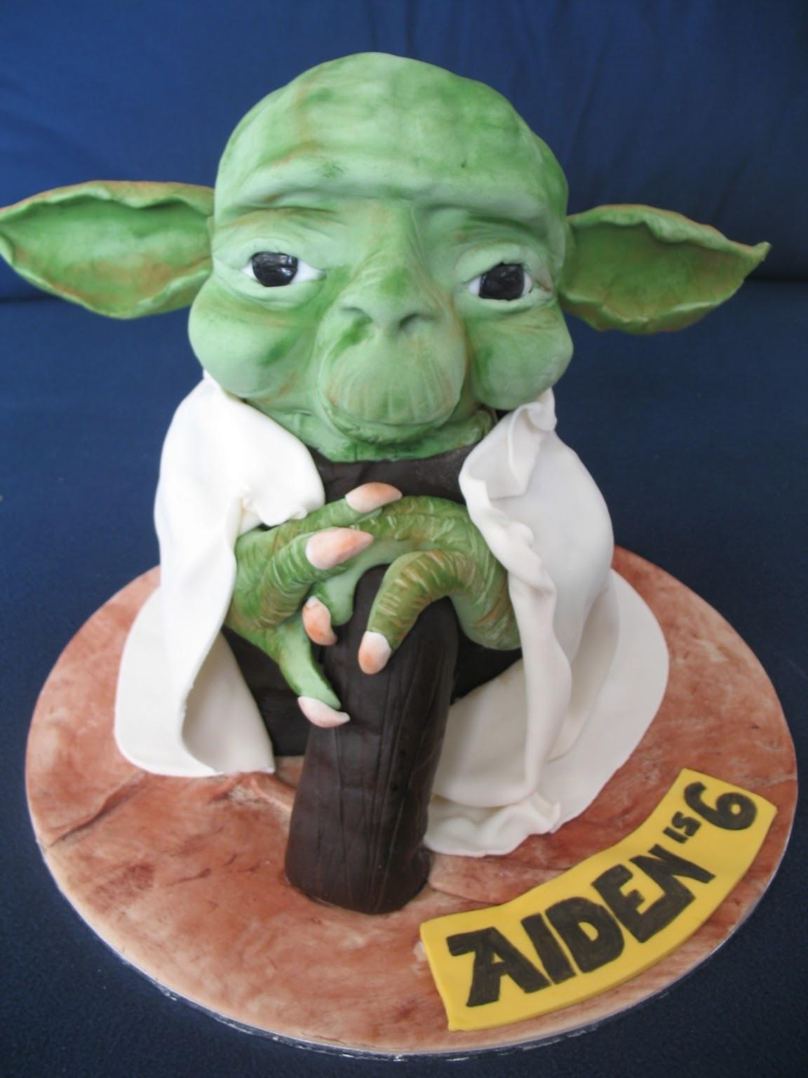 Yoda Birthday Cake  Blissfully Sweet A Yoda Birthday Cake for a Star Wars fan