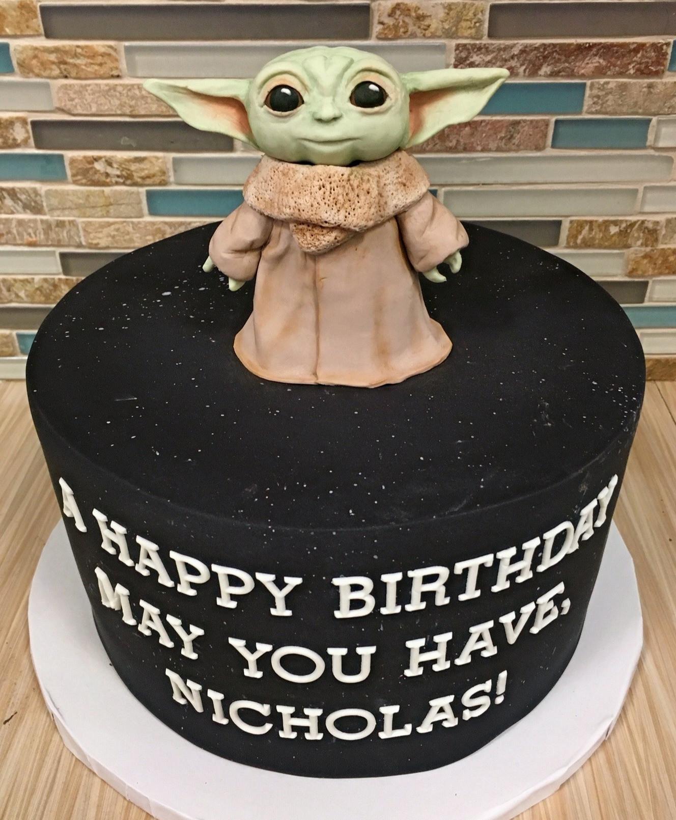 Yoda Birthday Cake  Kid s Birthday Cakes
